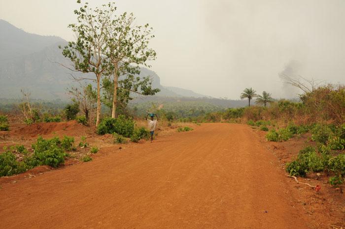 Röd väg i Guinea